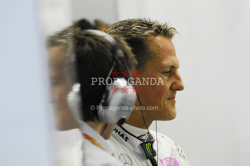 24.09.2011, Marina-Bay-Street-Circuit, Singapur, SIN, F1, Grosser Preis von Singapur, Singapur, im Bild Michael Schumacher (GER), Mercedes GP // during the Formula One Championships 2011 Large price of Singapore held at the Marina-Bay-Street-Circuit Singapur, 2011-09-24  EXPA Pictures © 2011, PhotoCredit: EXPA/ nph/  Dieter Mathis       ****** out of GER / CRO  / BEL ******