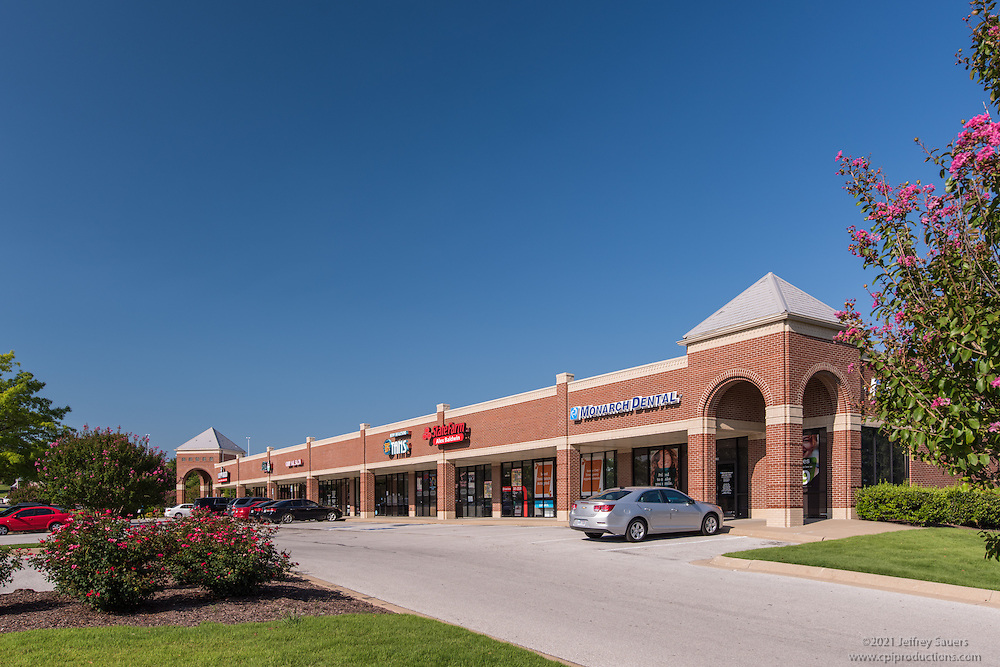 Exterior image of Spring Creek Centre in Fayetteville Arkansas by Jeffrey Sauers of Commercial Photographics, Architectural Photo Artistry in Washington DC, Virginia to Florida and PA to New England