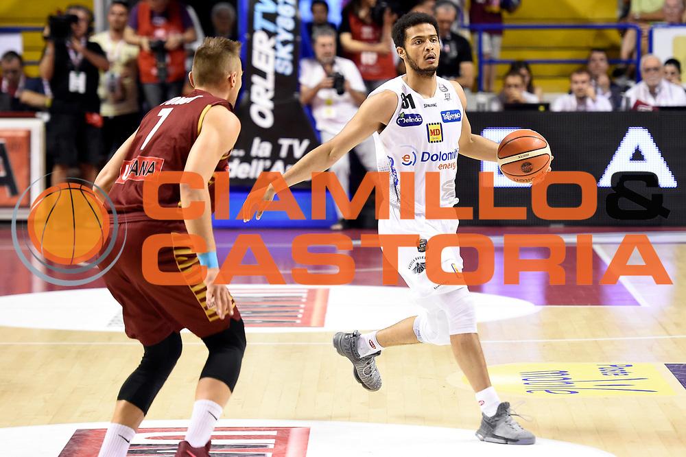 Shavon Shields<br /> Umana Reyer Venezia - Dolomiti Energia Aquila Basket Trento<br /> Lega Basket Serie A 2016/2017<br /> Playoff, finale gara 2<br /> Venezia, 12/06/2017<br /> Foto M.Ceretti / Ciamillo-Castoria