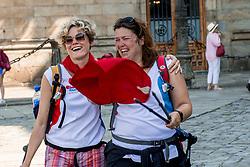 16-06-2017 NED: We hike to change diabetes day 6, Santiago de Compostela <br /> De laatste dag van Herrerias de Valcarce naar Santiago de Compastela. Marleen en Mathilde