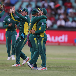 Andile Phehlukwayo of the (South African Proteas) and AB de Villiers (capt) of the (South African Proteas) high five each other during the 2nd ODI Momentum One-Day International (ODI) series South African and Sri Lanka at Kingsmead, Durban, South Africa.1st February 2017 - (Photo by Steve Haag)