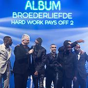 NLD/Amsterdam/201702013- Edison Pop Awards 2017, Broederliefde met hun prijs in de categorie Album