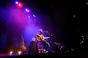 Aaron Lewis performs on October 28, 2010 at the Pageant in St. Louis, Missouri.
