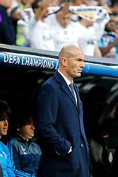 Real Madrid Manager Zinedene Zidane looks on - Mandatory byline: Rogan Thomson/JMP - 04/05/2016 - FOOTBALL - Santiago Bernabeu Stadium - Madrid, Spain - Real Madrid v Manchester City - UEFA Champions League Semi Finals: Second Leg.