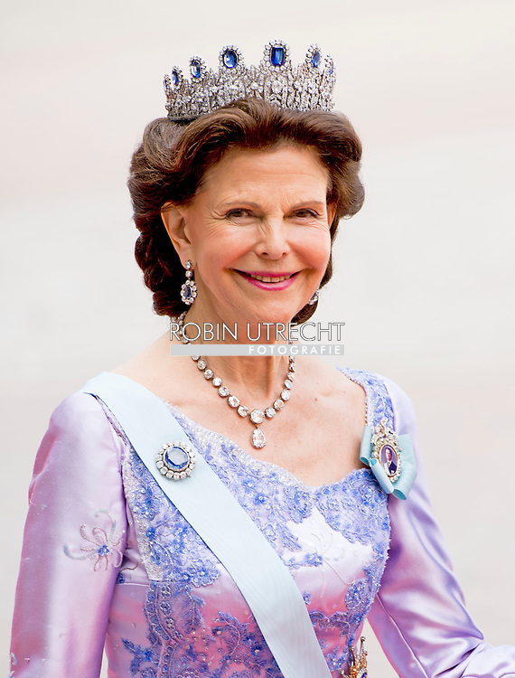 13-6-2015 STOCKHOLM   Queen Silvia and King Carl XVI Gustaf arrival of  for  .The wedding of Prince Carl Philip and Sofia Hellqvist  at the  Royal palace in Stockholm .COPYRIGHT ROBIN UTRECHT