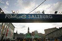 GEPA-0706085328 - SALZBURG,AUSTRIA,07.JUN.08 - FUSSBALL - UEFA Europameisterschaft, EURO 2008, Host City Fan Area Salzburg, Fanmeile, Fan Meile, Public Viewing, Fan Zone. Bild zeigt den Eingang zur Fanzone auf dem Mozartplatz.<br />Foto: GEPA pictures/ Sebastian Krauss