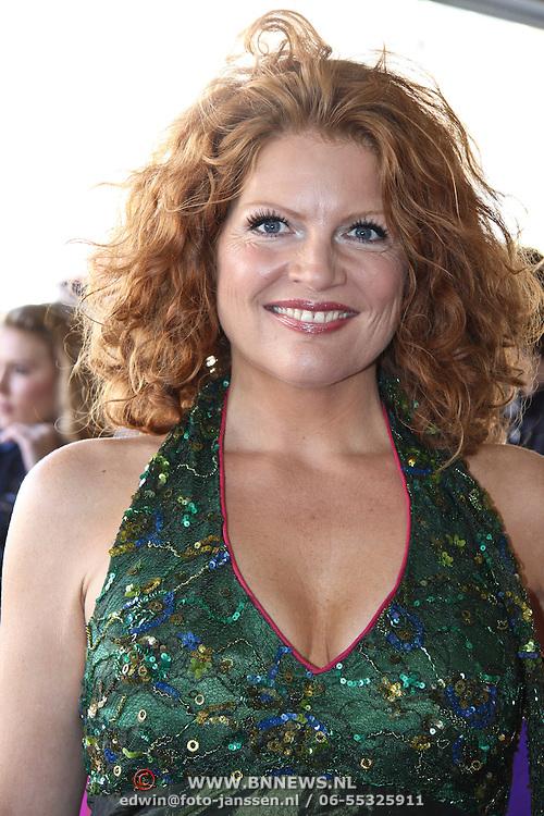 NLD/Tilburg/20101010 - Inloop musical Legaly Blonde, Nicole Berendsen