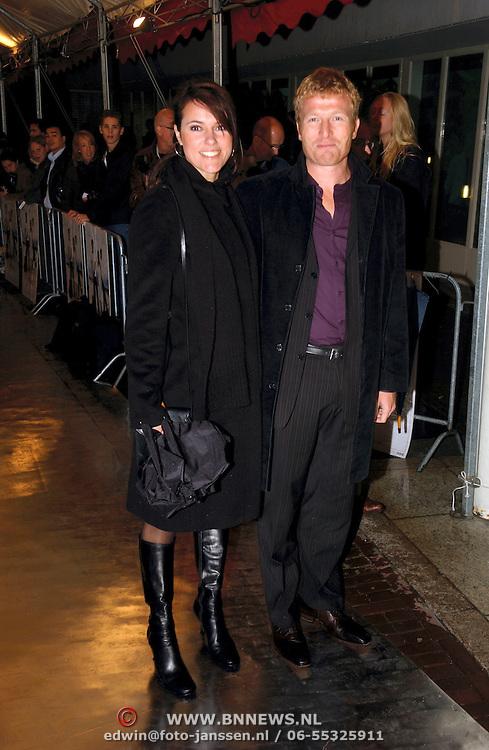 NLD/Utrecht/20051001 - Nederlands Filmfestival 2005, Premiere Johan, Susan Visser en partner Roef Ragas