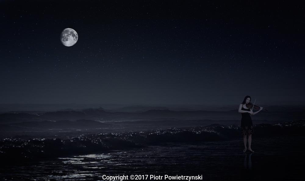 Moonlight Sonata. Violist Chiu-Chen Liu