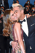 Robbie Williams & Ayda Field Loved Up