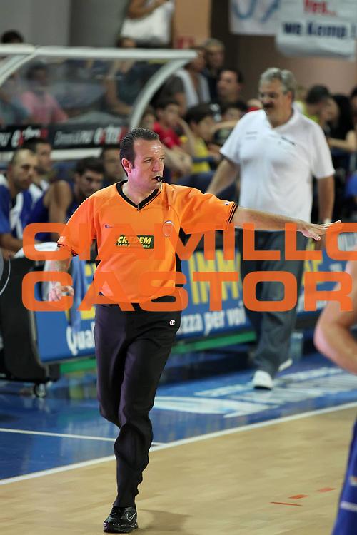 DESCRIZIONE : Frosinone Lega A2 2009-10 Playoff Finale Gara 2  Prima Veroli Banco di Sardegna Sassari<br /> GIOCATORE : <br /> SQUADRA : AIAP<br /> EVENTO : Campionato Lega A2 2009-2010<br /> GARA : Prima Veroli Banco di Sardegna Sassari<br /> DATA : 08/06/2010<br /> CATEGORIA : aribtro referees<br /> SPORT : Pallacanestro <br /> AUTORE : Agenzia Ciamillo-Castoria/ElioCastoria<br /> Galleria : Lega Basket A2 2009-2010 <br /> Fotonotizia : Frosinone Campionato Italiano Lega A2 2009-2010 Playoff Finale Gara 2  Prima Veroli Banco di Sardegna Sassari<br /> Predefinita :