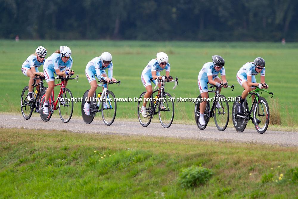 Boels Rental Ladies Tour Coevorden TTT 17th Restore CyclingMargriet de Beus, Judith Bloem, Veerle Goossens, Lauren Arnouts, Kirsten Niessen, Ashlynn van Baarle