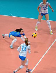 28-09-2015 NED: Volleyball European Championship Polen - Slovenie, Apeldoorn<br /> Polen wint met 3-0 van Slovenie / Katja Medved<br /> Photo by Ronald Hoogendoorn / Sportida