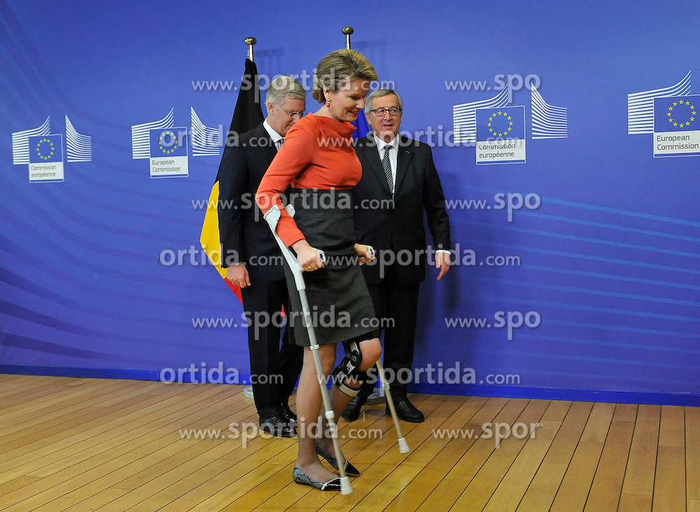 European Commission President Jean-Claude Juncker (R, back) welcome King Philippe (L, back) and Queen Mathilde (front) of Belgium at the EU headquarters in Brussels, Feb. 25, 2015. EXPA Pictures &copy; 2015, PhotoCredit: EXPA/ Photoshot/ Ye Pingfan<br /> <br /> *****ATTENTION - for AUT, SLO, CRO, SRB, BIH, MAZ only*****