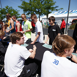 2013-05-26 Media, Autographs, Practice and Team Meeting