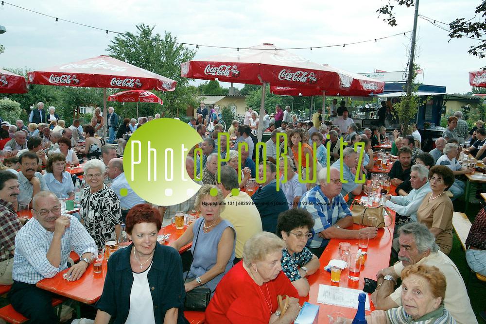Mannheim. Kleing&auml;rtner Feudenheim. Frauenauff&uuml;hrung<br /><br />Bild: Pro&szlig;witz