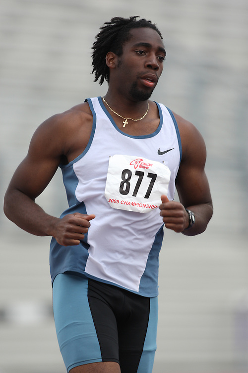(London, Ontario---14/06/09)   Jamie Adjetey-Nelson of Windsor Legion T.F.C. competes in the   at the 2009 Athletics Ontario Junior Track and Field Championships. The meet was held in London, Ontario from June 13-14, 2009. Copyright photograph Sean Burges / Mundo Sport Images, 2009. www.mundosportimages.com / www.msievents.