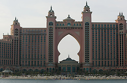 General View of the Atlantis Hotel at the end of the Palm Jumeirah, Dubai, November 2nd 2008. Photo by Andrew Parsons / i-Images