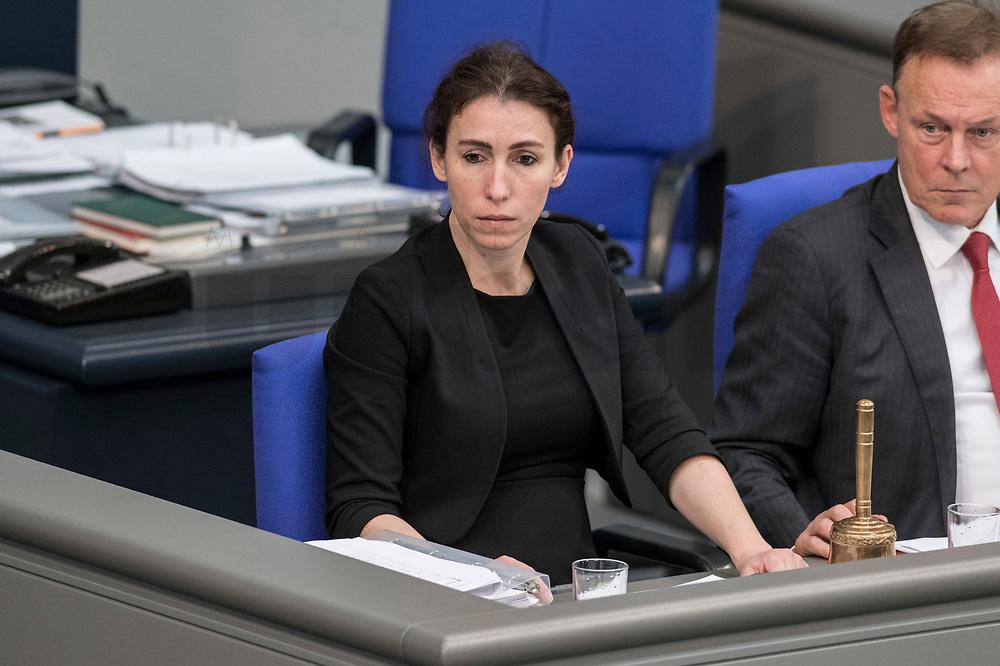08 NOV 2018, BERLIN/GERMANY:<br /> Mariana Harder-Kuehnel, MdB, AfD, Bundestagsdebatte zum sog. Global Compact fuer Migration, Plenum, Deutscher Bundestag<br /> IMAGE: 20181108-01-049<br /> KEYWORDS: Sitzung, Mariana Harder-Kühnel