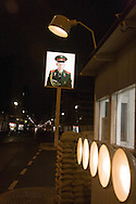 Germany. Berlin. Check point CHARLIE. former border beetween east and west germany.  Mitte  area  / Check point CHARLIE. ancien point de passage entre l EST et l OUEST. quartier de Mitte   Berlin - Allemagne