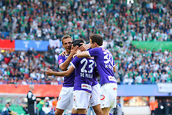 17.05.2015, Ernst Happel Stadion, Wien, AUT, 1. FBL, SK Rapid Wien vs FK Austria Wien, 33. Runde, im Bild Mario Leitgeb (FK Austria Wien), David De Paula (FK Austria Wien), Fabian Koch (FK Austria Wien) jubeln über das Tor zum 1:1// during Austrian Football Bundesliga Match, 33th round, between SK Rapid Vienna and FK Austria Vienna at the Ernst Happel Stadion, Wien, Austria on 2015/05/17. EXPA Pictures © 2015, PhotoCredit: EXPA/ Sebastian Pucher