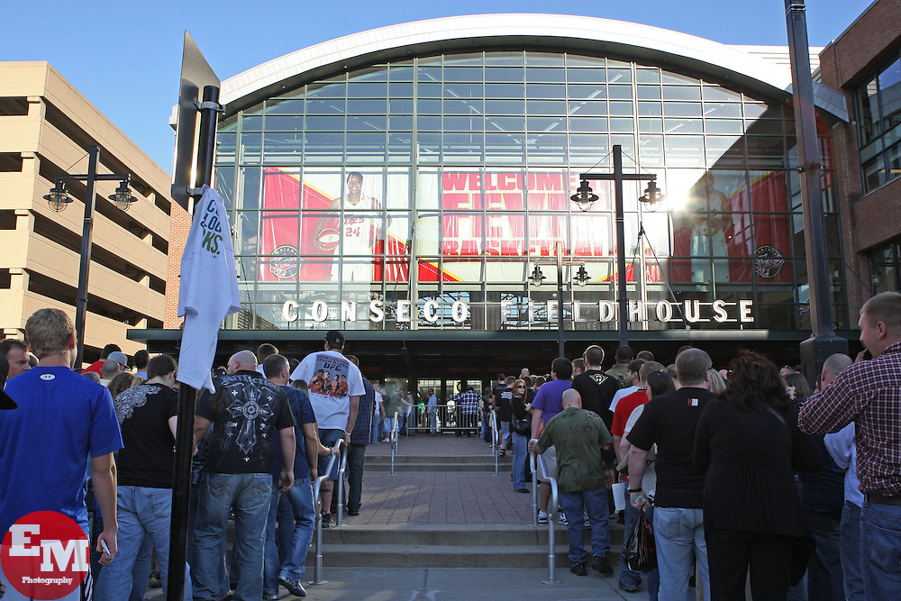 September 25, 2010; Indianapolis, IN; USA; Fans line up outside Conseco Fieldhouse in Indianapolis, IN hours before the start of UFC 119.