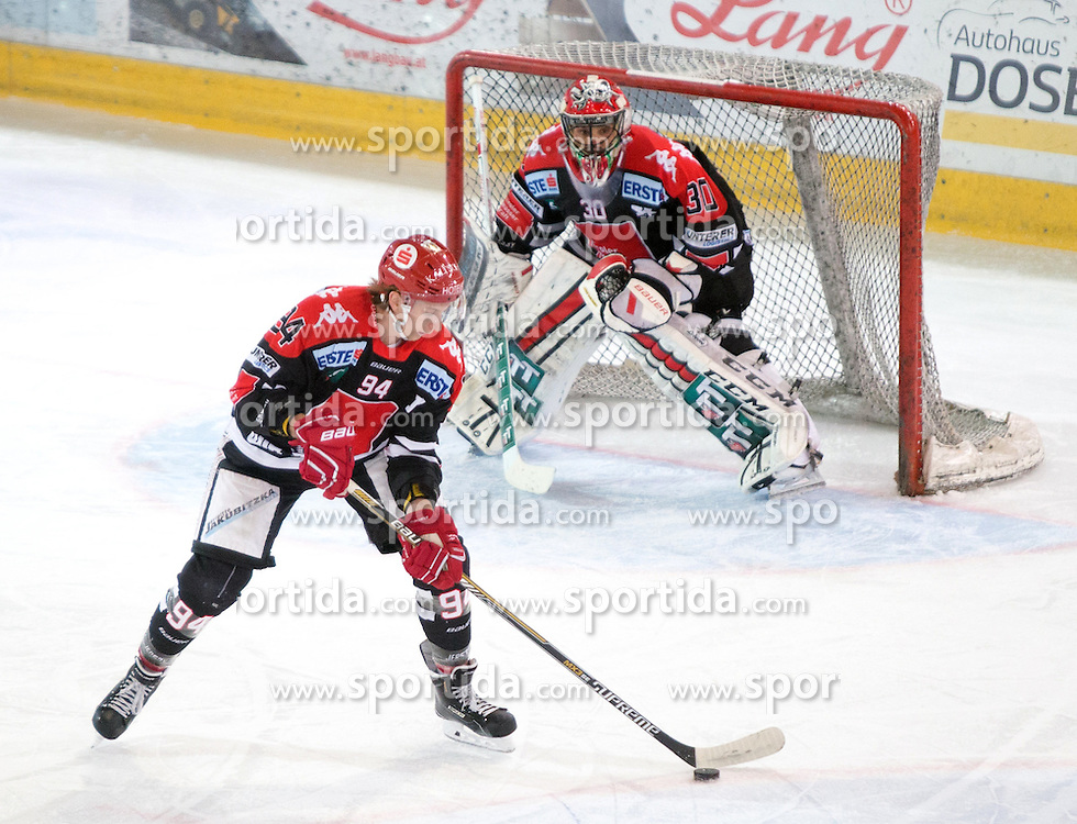 17.11.2015, Tiroler Wasserkraft Arena, Innsbruck, Österreich, EBEL, HC TWK Innsbruck die Haie vs EHC Liwest Black Wings Linz, 21. Runde, im Bild vl.:  Dominique Saringer (HC TWK Innsbruck  Die Haie), Andy Chiodo (HC TWK Innsbruck Die Haie) // during the Erste Bank Icehockey League 21st round match between HC TWK Innsbruck  die Haie and EHC Liwest Black Wings Linz at the Tiroler Wasserkraft Arena in Innsbruck, Austria on 2015/11/17. EXPA Pictures © 2015, PhotoCredit: EXPA/ Jakob Gruber