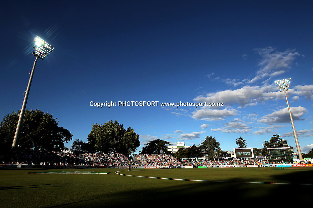 General view. New Zealand Black Caps v South Africa, International Twenty-20 at Seddon Park, Hamilton, New Zealand. Sunday 19th February 2012. Photo: Anthony Au-Yeung/photosport.co.nz
