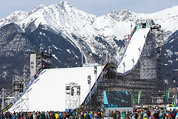 06.02.2016, Olympiaworld, Innsbruck, AUT, Air and Style, Innsbruck, am Samstag. 06. Februar 2016, während des Air & Style Snowboard Events in Innsbruck. // Clemens Millauer of Austria competes in the Air & Style Snowboard Event in Innsbruck, Austria, 06 February 2016, im Bild Clemens Millauer (AUT) // Clemens Millauer of Austria during the Air & Style Snowboard Competition and Festival at the Olympiaworld in Innsbruck, Austria on 2016/02/06. EXPA Pictures © 2016, PhotoCredit: EXPA/ Jakob Gruber