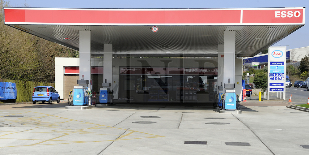 © Licensed to London News Pictures. 30/03/2012.Petrol Panic buying, empty forecourt, today 30.03.2012..Esso petrol station in Hastings,East Sussex, is closed because it has no fuel, .Photo credit : Grant Falvey/LNP