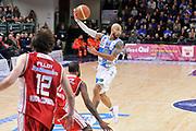 DESCRIZIONE : Campionato 2014/15 Dinamo Banco di Sardegna Sassari - Giorgio Tesi Group Pistoia<br /> GIOCATORE : David Logan<br /> CATEGORIA : Passaggio<br /> SQUADRA : Dinamo Banco di Sardegna Sassari<br /> EVENTO : LegaBasket Serie A Beko 2014/2015<br /> GARA : Dinamo Banco di Sardegna Sassari - Giorgio Tesi Group Pistoia<br /> DATA : 01/02/2015<br /> SPORT : Pallacanestro <br /> AUTORE : Agenzia Ciamillo-Castoria / Luigi Canu<br /> Galleria : LegaBasket Serie A Beko 2014/2015<br /> Fotonotizia : Campionato 2014/15 Dinamo Banco di Sardegna Sassari - Giorgio Tesi Group Pistoia<br /> Predefinita :