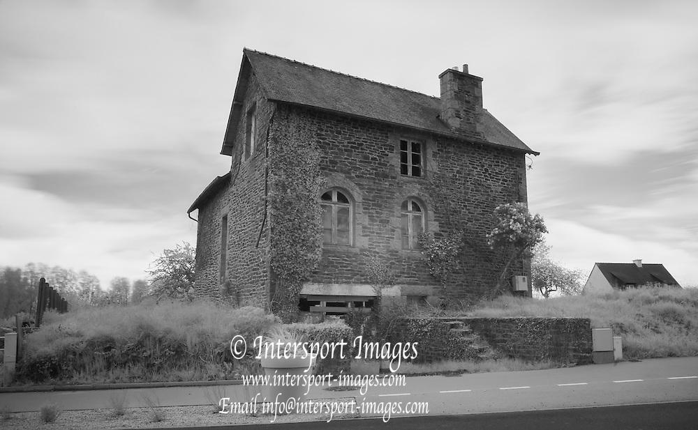 Plenee Jugon. FRANCE. General Views GV's. derelict  house in the village/Hamlet of Plenee Jugon . Brittany,<br /> <br /> <br /> 15:49:46  Saturday  26/04/2014 <br /> <br />  [Mandatory Credit: Peter Spurrier/Intersport<br /> Images]