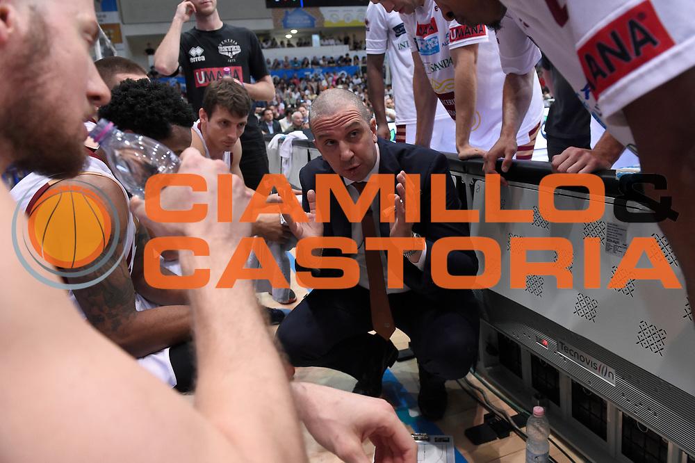 Walter De Raffaele<br /> Dolomiti Energia Aquila Basket Trento - Umana Reyer Venezia<br /> Lega Basket Serie A 2016/2017<br /> Playoff, finale gara 4<br /> Trento, 16/06/2017<br /> Foto M.Ceretti / Ciamillo-Castoria