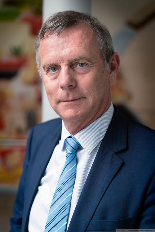 Langemark, Belgie, 1 jun 2017, Bedrijfsbezoek aan Milcobel, CEO Eddy de Mûelenaere, en pruductieproces van Mozarella