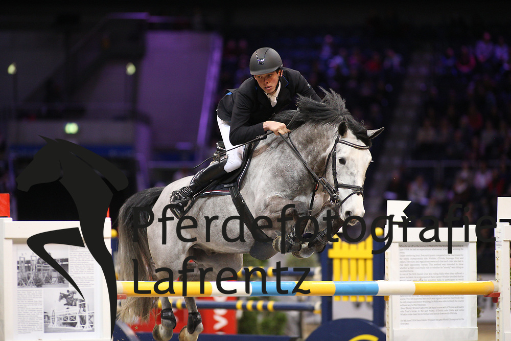 Weichert, Jan-Phillipp (GER), Cool Blue Diamond<br /> Braunschweig - Löwen Classics 2016<br /> Finale Youngster Tour<br /> © www.sportfotos-lafrentz.de / Stefan Lafrentz