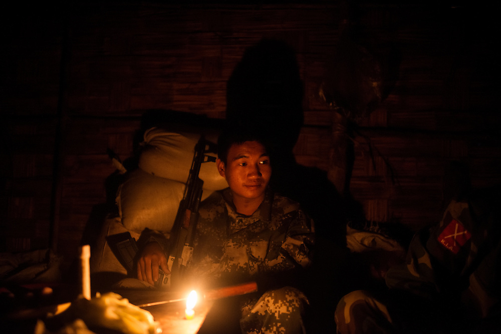Mai Ja Yang 20160912<br /> K.I.A. rebells preparing breakfast at Lagat Bum, a frontline outpost near Mai Ja Yang in Kachin State, Myanmar.<br /> Photo: Vilhelm Stokstad / Kontinent