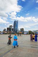Mongolie, Oulan Bator, Place Sukhbaatar // Mongolia, Ulan Bator, Sukhbaatar square