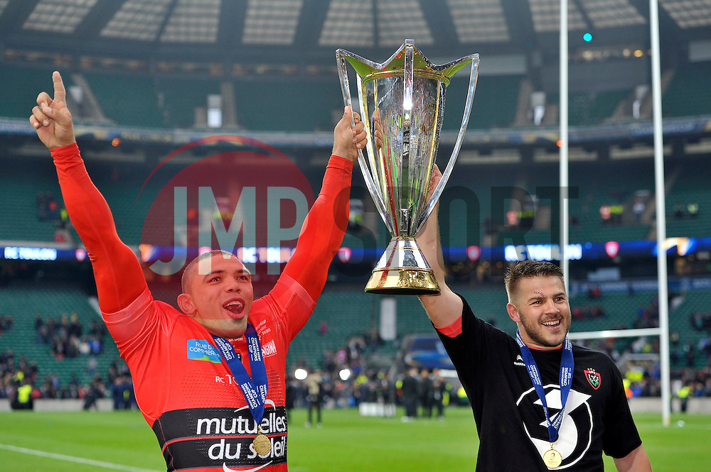 Bryan Habana and Drew Mitchell of Toulon with the European Rugby Champions Cup trophy - Photo mandatory by-line: Patrick Khachfe/JMP - Mobile: 07966 386802 02/05/2015 - SPORT - RUGBY UNION - London - Twickenham Stadium - ASM Clermont Auvergne v RC Toulon - European Rugby Champions Cup Final