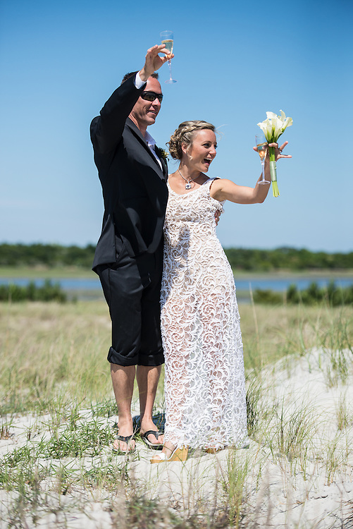 Rick and Alize Wedding | Carrot Island NC Photographers