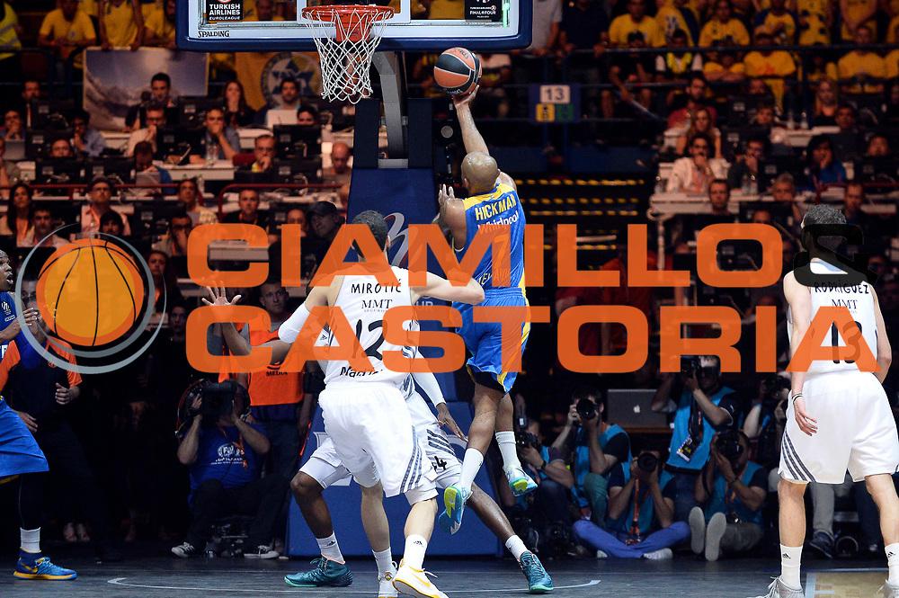 DESCRIZIONE : Milano Eurolega Eurolegue 2013-14 Final Four Final 1st 2nd place Finale 1 2 posto Maccabi Electra Tel Aviv Real Madrid<br /> GIOCATORE : Ricky Hickman<br /> SQUADRA :&nbsp;Maccabi Electra Tel Aviv<br /> CATEGORIA : Tiro Sottomano Controcampo<br /> EVENTO : Eurolega 2013-2014<br /> GARA : Maccabi Electra Tel Aviv Real Madrid<br /> DATA : 18/05/2014<br /> SPORT : Pallacanestro<br /> AUTORE : Agenzia Ciamillo-Castoria/Max.Ceretti<br /> Galleria : Eurolega 2013-2014<br /> Fotonotizia : Milano Eurolega Eurolegue 2013-14 Final Four Final 1st 2nd place Finale 1 2 posto Maccabi Electra Tel Aviv Real Madrid<br /> Predefinita :