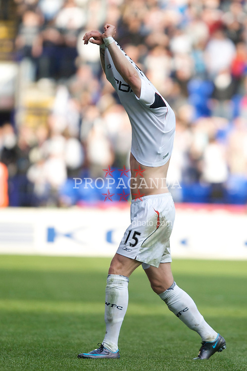 BOLTON, ENGLAND - Saturday, May 3, 2008: Bolton Wanderers' Gretar Steinsson celebrates his side's 2-0 victory over Sunderland, and safety in the Premier League, after the Premiership match at the Reebok Stadium. (Photo by David Rawcliffe/Propaganda)