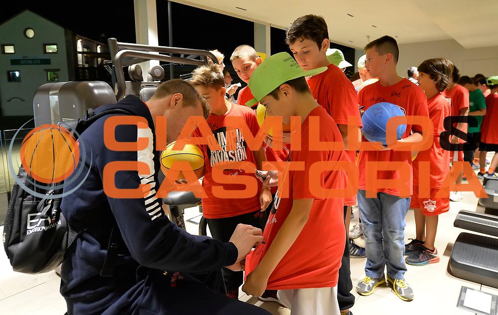 DESCRIZIONE : EXPO EA7 Olimpia Milano Basketball Invasion<br /> GIOCATORE : Andrea Amato<br /> CATEGORIA : <br /> SQUADRA : EA7 Olimpia Milano<br /> EVENTO : EXPO EA7 Olimpia Milano Basketball Invasion<br /> GARA : EXPO EA7 Olimpia Milano Basketball Invasion<br /> DATA : 15/09/2015 <br /> SPORT : Pallacanestro <br /> AUTORE : Agenzia Ciamillo-Castoria / R.Morgano<br /> Galleria : Lega Basket A 2015-2016 Fotonotizia : EXPO EA7 Olimpia Milano Basketball Invasion<br /> Predefinita :