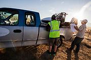 De Varna wordt schoongemaakt voor de kwalificaties op maandagmorgen. In Battle Mountain (Nevada) wordt ieder jaar de World Human Powered Speed Challenge gehouden. Tijdens deze wedstrijd wordt geprobeerd zo hard mogelijk te fietsen op pure menskracht. De deelnemers bestaan zowel uit teams van universiteiten als uit hobbyisten. Met de gestroomlijnde fietsen willen ze laten zien wat mogelijk is met menskracht.<br /> <br /> The qualification at Monday morning. In Battle Mountain (Nevada) each year the World Human Powered Speed ??Challenge is held. During this race they try to ride on pure manpower as hard as possible.The participants consist of both teams from universities and from hobbyists. With the sleek bikes they want to show what is possible with human power.