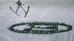 06.01.2020, Paul Außerleitner Schanze, Bischofshofen, AUT, FIS Weltcup Skisprung, Vierschanzentournee, Bischofshofen, Finale, im Bild Robert Johansson (NOR) // Robert Johansson of Norway during the final for the Four Hills Tournament of FIS Ski Jumping World Cup at the Paul Außerleitner Schanze in Bischofshofen, Austria on 2020/01/06. EXPA Pictures © 2020, PhotoCredit: EXPA/ Dominik Angerer