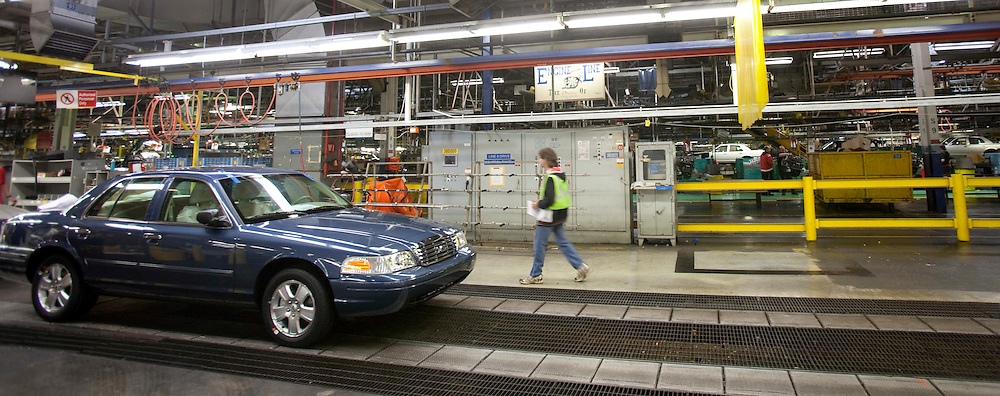 London, ONT.: September 8, 2011 -- A Crown Victoria's rolls off the production line at Ford's St. Thomas, Ontario Assembly plant during one of the final shifts at the plant September 8, 2011. The plant is scheduled to scheduled to wrap up production of the vehicle on September 15, 2011.<br />  (GEOFF ROBINS for National Post)