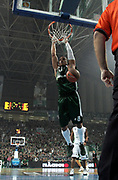 DESCRIZIONE : Atene Eurolega 2008-09 Quarti di Finale Gara 1 Panathinaikos Montepaschi Siena<br /> GIOCATORE : Mike Batiste<br /> SQUADRA : Panathinaikos<br /> EVENTO : Eurolega 2008-2009<br /> GARA : Panathinaikos Montepaschi Siena<br /> DATA : 24/03/2009<br /> CATEGORIA : schiacciata<br /> SPORT : Pallacanestro<br /> AUTORE : Agenzia Ciamillo-Castoria/Action Images.gr