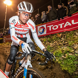 2019-12-29: Cycling: Superprestige: Diegem: Ceylon Alvarado pictured in the lights of Diegem