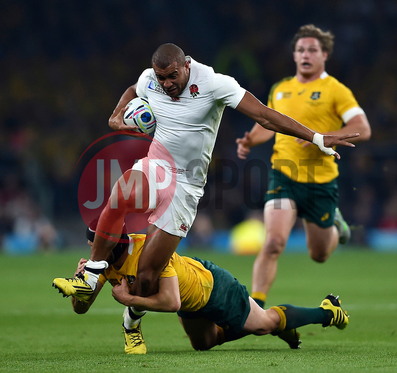 Jonathan Joseph of England takes on the Australia defence - Mandatory byline: Patrick Khachfe/JMP - 07966 386802 - 03/10/2015 - RUGBY UNION - Twickenham Stadium - London, England - England v Australia - Rugby World Cup 2015 Pool A.