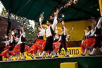 FIESTA NACIONAL DE LA CERVEZA OKTOBERFEST, COMPANIA ITALIANA DE DANZAS POPULARES, VILLA GENERAL BELGRANO, VALLE DE CALAMUCHITA, PROVINCIA DE CORDOBA, ARGENTINA