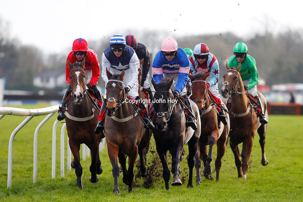 Irish Saint and Ruby Walsh winning the 12.25 race